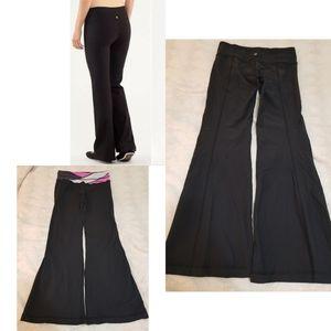 Lululemon Groove Yoga Pants Leggings Black sz 8 Fl